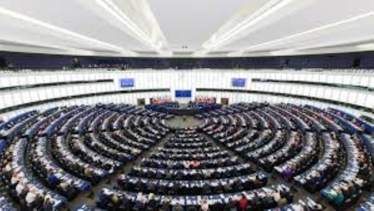 Ευρωπαϊκό Κοινοβούλιο: Διαφάνεια στις συμβάσεις των εμβολίων