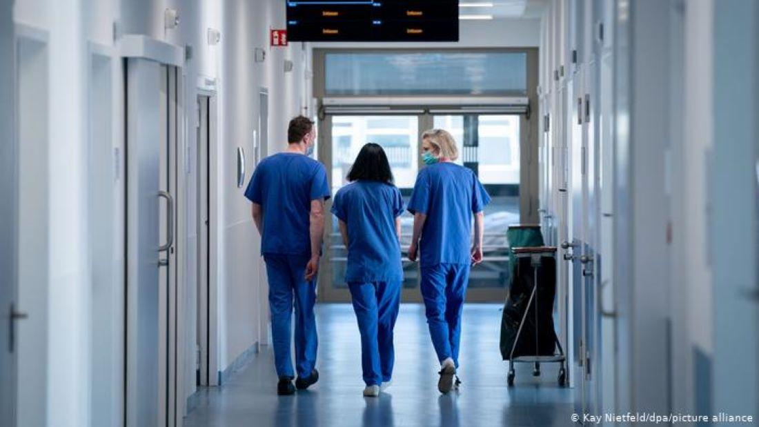 Β. Παπαευαγγέλου: Aργεί η αποσυμφόρηση των νοσοκομείων